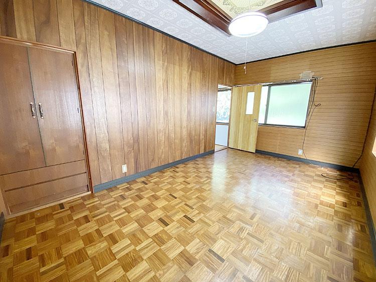 2階7.5畳洋室