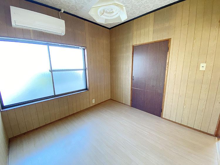 洋室4.5畳(居間)