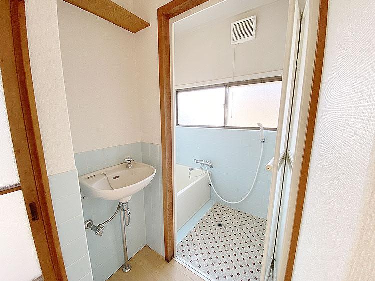 洗面と浴室(風呂)